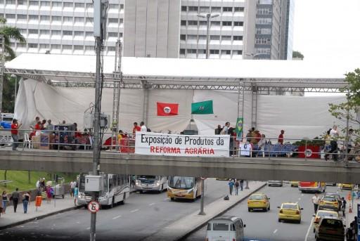 Crédito: Salvador Scofano. A feira aconteceu nos dias 9 e 10 de dezembro, na passarela entre o BNDES e a Petrobras, no Centro do Rio de Janeiro