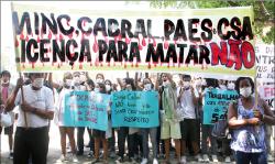 Manifestação teve o apoio de pesquisadores da fiocruz. Foto: Clarice Castro.