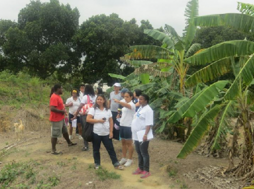 Agentes Comunitários de Saúde no Assentamento Terra Prometida - Nova Iguaçu, RJ