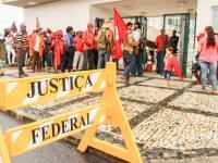 Osvaldo_de_Oliveira_na_Justica_Federal_Baixa_Pablo_Vergara_-4
