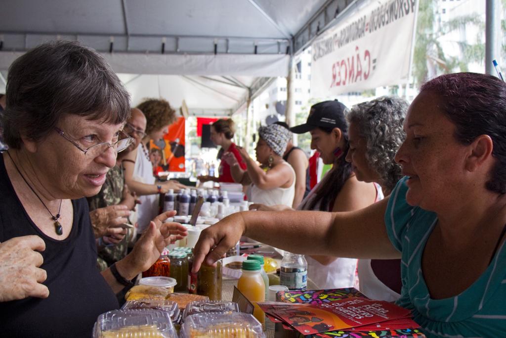 Feira da Reforma Agraria Cícero Guedes, Largo da Carioca, RJ, 10/12/2014