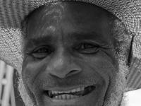 Chico, integrante do MST, mora no Assentamento Zumbi dos Palmares em Campos (RJ). Chico cultiva abacaxi, aipim, abóbora.Feira da Reforma Agraria Cícero Guedes, Largo da Carioca, RJ, 10/12/2014